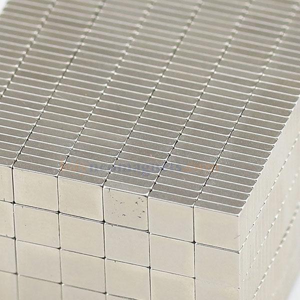 EXTRA Lungo 100 mm di lunghezza x 10 mm x 5 mm TERRE RARE rettangolare MAGNETE AL NEODIMIO